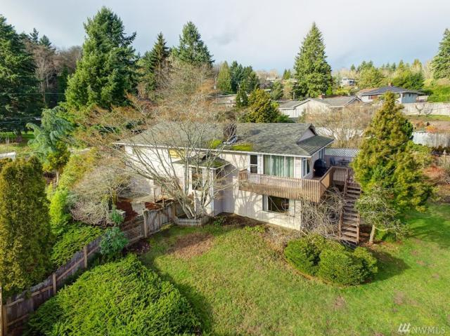 19524 53rd Ave NE, Lake Forest Park, WA 98155 (#1234452) :: The Snow Group at Keller Williams Downtown Seattle