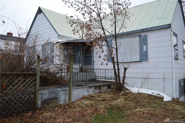 211 Cedar St S, Omak, WA 98841 (#1235808) :: Brandon Nelson Partners