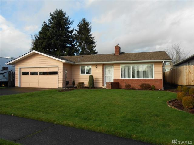 3220 Maple, Longview, WA 98632 (#1237250) :: Homes on the Sound