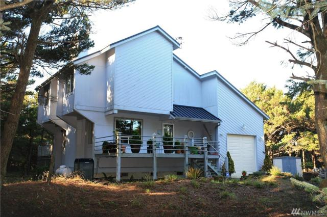 1003 Sand Castle, Westport, WA 98595 (#1238170) :: Homes on the Sound