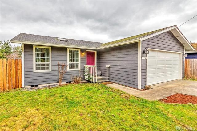 1220 Howard St, Port Townsend, WA 98368 (#1238879) :: Homes on the Sound