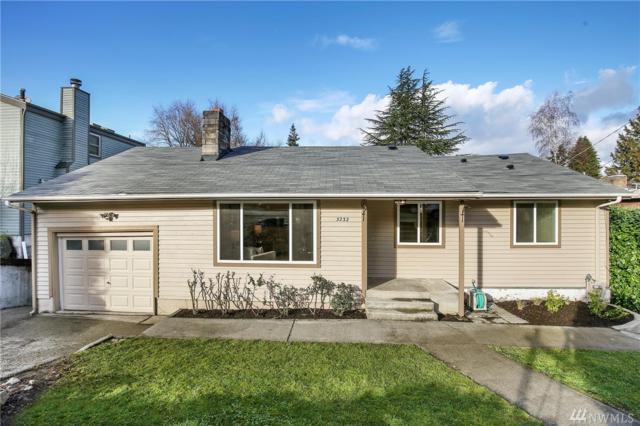 3232 NE 103rd St, Seattle, WA 98125 (#1239991) :: Homes on the Sound