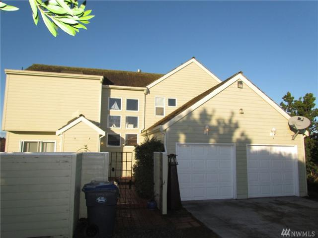 479 Sand Dune Ave SW, Ocean Shores, WA 98569 (#1241414) :: The Home Experience Group Powered by Keller Williams