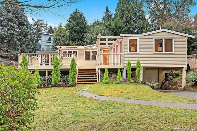 4215 NE 125th St, Seattle, WA 98125 (#1241503) :: Homes on the Sound