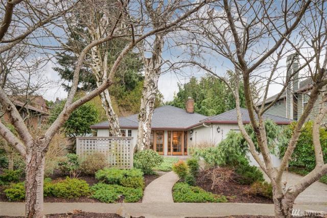 6830 42nd Ave NE, Seattle, WA 98115 (#1242176) :: Homes on the Sound