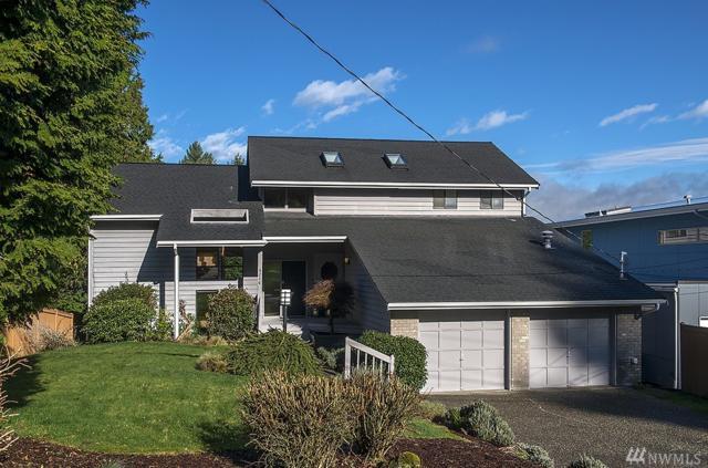 4216 NE 124th St, Seattle, WA 98125 (#1242237) :: The DiBello Real Estate Group
