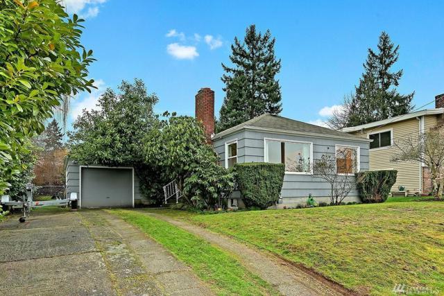 3237 NE 100th St, Seattle, WA 98125 (#1243101) :: Homes on the Sound