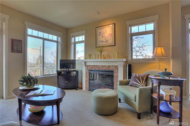 6015 Phinney Ave N #205, Seattle, WA 98103 (#1243504) :: The Vija Group - Keller Williams Realty