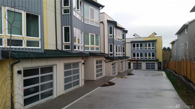 7526 43rd Ave S B & C, Seattle, WA 98118 (#1244475) :: The DiBello Real Estate Group