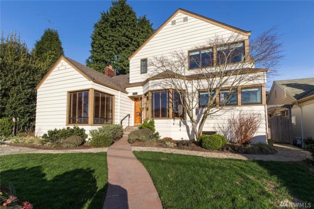 2626 29th Ave W, Seattle, WA 98199 (#1244522) :: The DiBello Real Estate Group