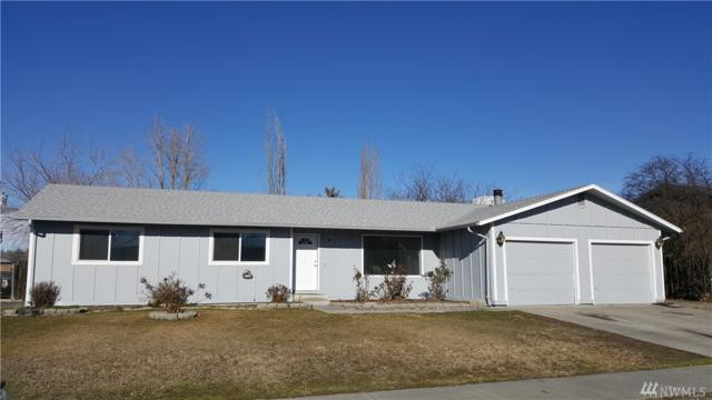 1120 E Hill Ave, Moses Lake, WA 98837 (#1244853) :: Homes on the Sound