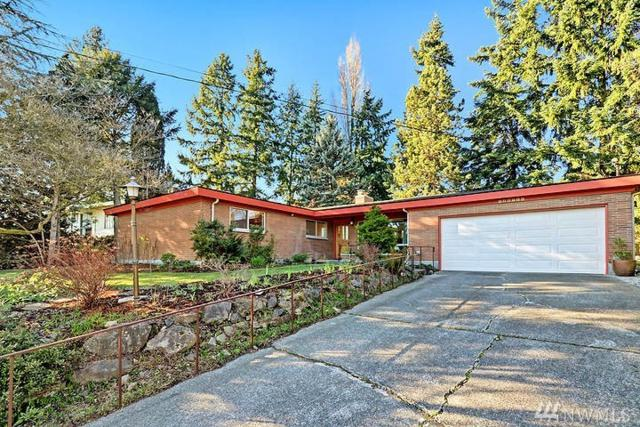 3021 206th Place SW, Lynnwood, WA 98036 (#1244855) :: The DiBello Real Estate Group