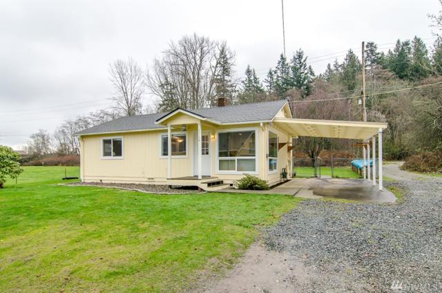2720 W 2nd St, Anacortes, WA 98221 (#1245770) :: Ben Kinney Real Estate Team