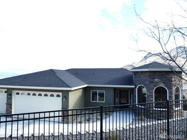 767 Kings Ct, Wenatchee, WA 98801 (#1246186) :: Tribeca NW Real Estate