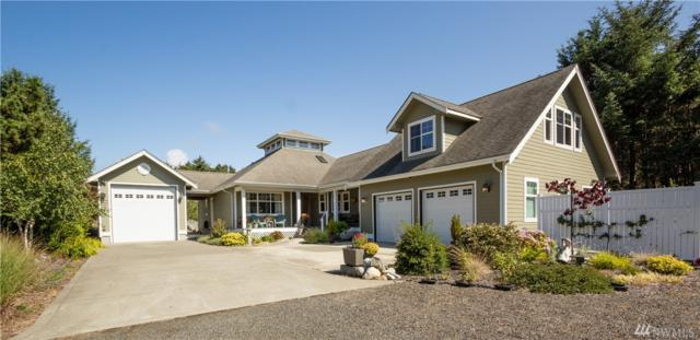 2609 S Bagpiper Lane, Westport, WA 98595 (#1246698) :: Homes on the Sound