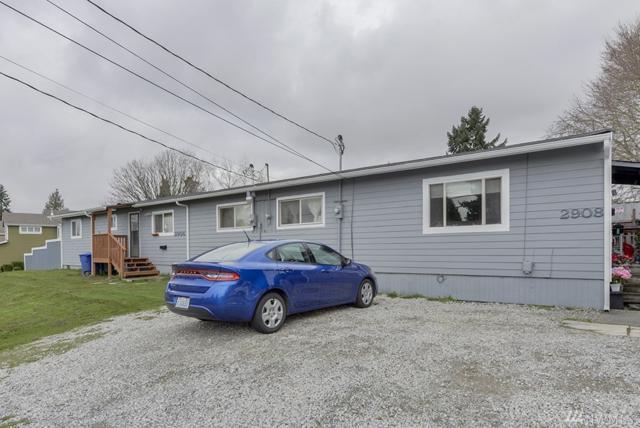 2906 NE 7th St, Renton, WA 98056 (#1247705) :: The DiBello Real Estate Group
