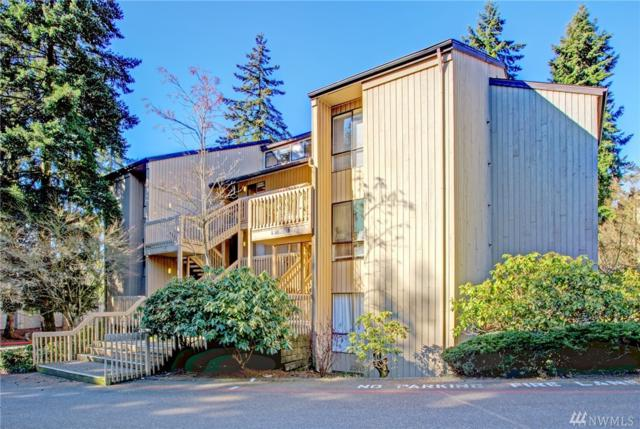 10922 NE 34th Place #5, Bellevue, WA 98004 (#1247725) :: Homes on the Sound