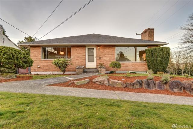2402 W Raye St, Seattle, WA 98199 (#1247830) :: The DiBello Real Estate Group