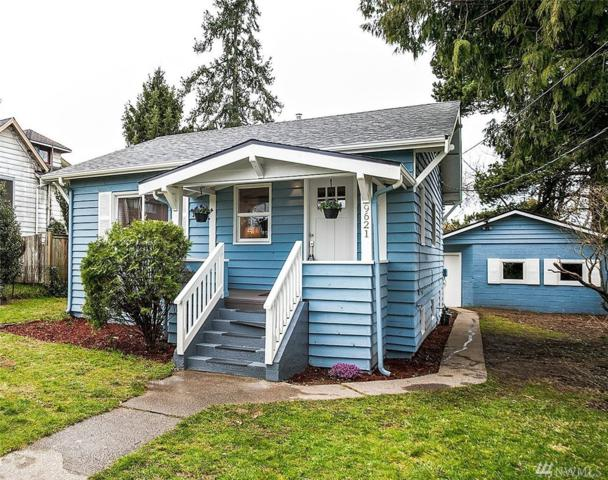 9621 60th Ave S, Seattle, WA 98118 (#1247952) :: Keller Williams - Shook Home Group