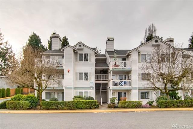 9910 NE 137th St A102, Kirkland, WA 98034 (#1248203) :: Windermere Real Estate/East