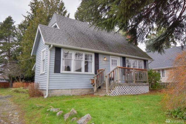 9031 32nd Ave SW, Seattle, WA 98126 (#1248362) :: Homes on the Sound