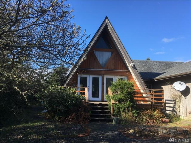549 Inlet Ave, Ocean Shores, WA 98569 (#1248506) :: Homes on the Sound