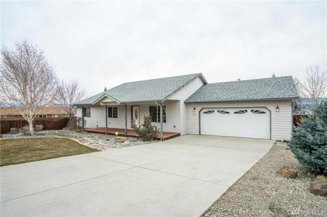 1645 Denise Circle, Wenatchee, WA 98801 (#1248915) :: Homes on the Sound