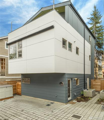420 26th Ave S A, Seattle, WA 98144 (#1249215) :: Homes on the Sound