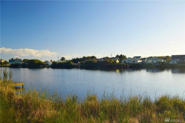 957 Wawona Ave SE, Ocean Shores, WA 98569 (#1249623) :: Homes on the Sound