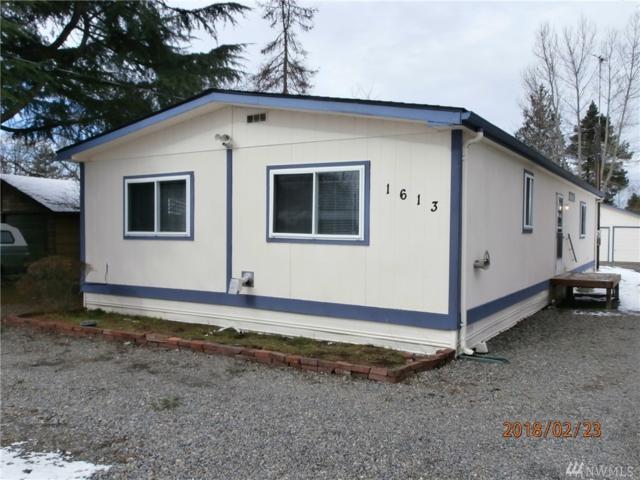 1613 99th St E, Tacoma, WA 98445 (#1249659) :: Keller Williams - Shook Home Group