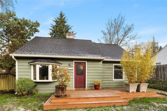 308 NE 155th St, Shoreline, WA 98155 (#1250805) :: Keller Williams - Shook Home Group
