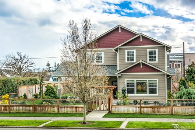 1207 8th St, Anacortes, WA 98221 (#1251814) :: Canterwood Real Estate Team