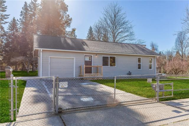 2353 Alpine Place, Enumclaw, WA 98022 (#1252198) :: Keller Williams - Shook Home Group