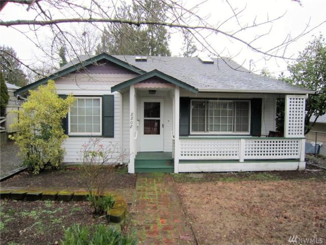 8808 Interlake Ave N, Seattle, WA 98103 (#1252465) :: Keller Williams - Shook Home Group