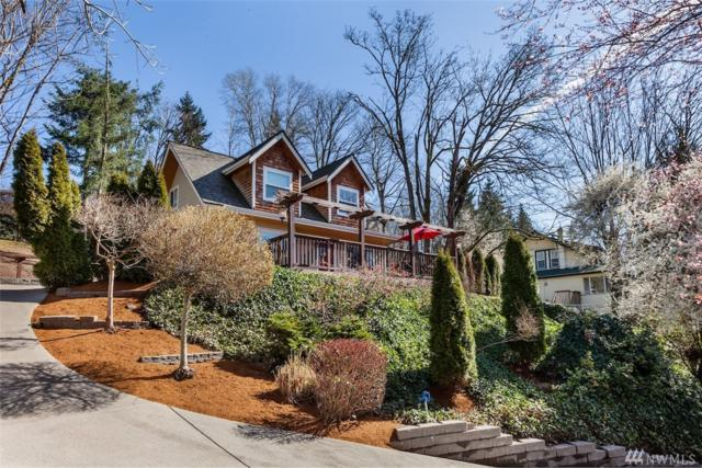 4256 Lake Washington SE, Bellevue, WA 98006 (#1252933) :: Icon Real Estate Group