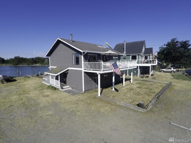 2441 Sunlight Beach Rd, Clinton, WA 98236 (#1253485) :: Real Estate Solutions Group