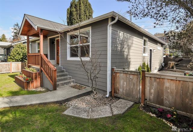 4442 40th Ave SW, Seattle, WA 98116 (#1253500) :: The Kendra Todd Group at Keller Williams