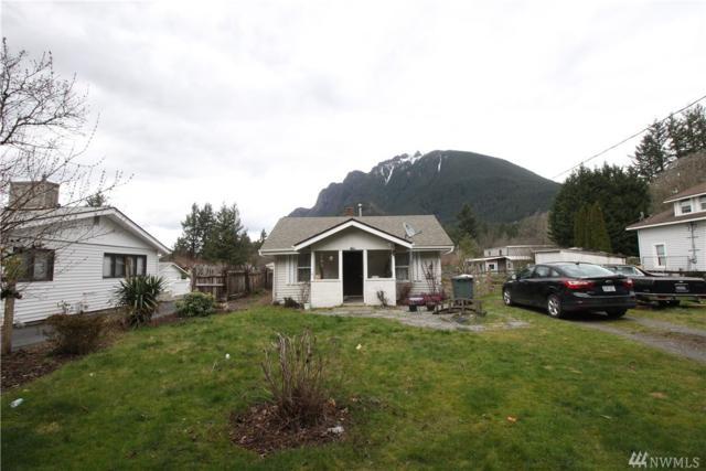 1330 E North Bend Wy, North Bend, WA 98045 (#1256244) :: Entegra Real Estate