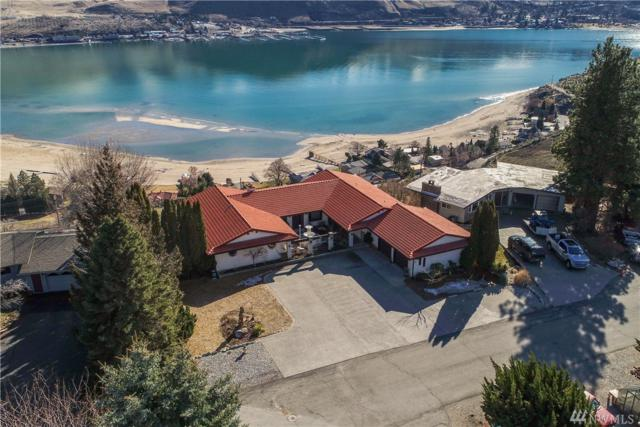 916 Golf Course Dr, Chelan, WA 98816 (#1258002) :: Keller Williams Everett