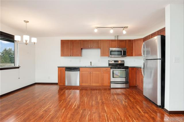 12026 15th Ave NE #406, Seattle, WA 98125 (#1258964) :: Keller Williams - Shook Home Group