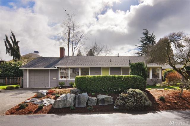 8052 Forest Dr NE, Seattle, WA 98115 (#1259406) :: The Vija Group - Keller Williams Realty