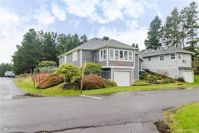 4503 K Place, Seaview, WA 98644 (#1259830) :: The Snow Group at Keller Williams Downtown Seattle