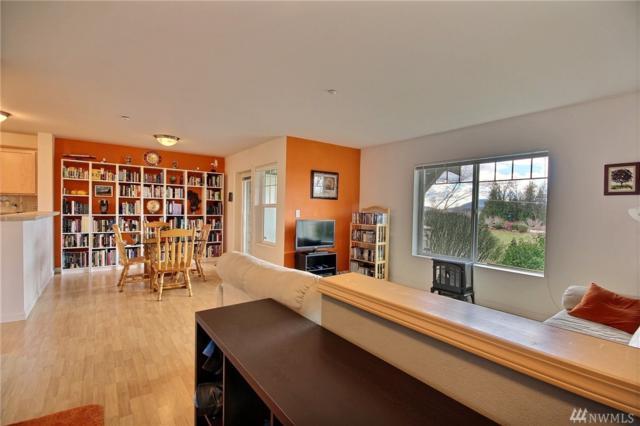 1957 23rd Place NE #102, Issaquah, WA 98029 (#1260305) :: The DiBello Real Estate Group