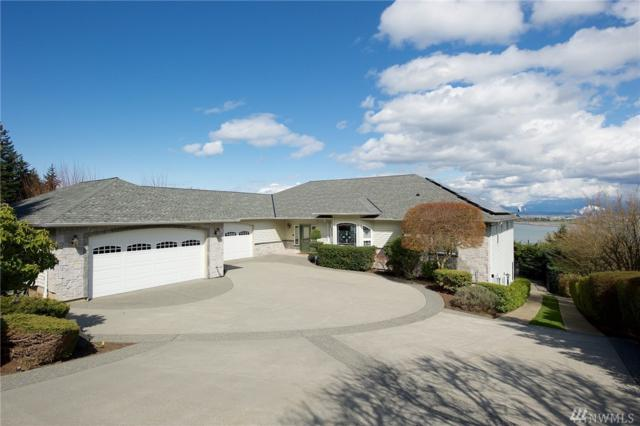 4203 Mitchell Dr, Anacortes, WA 98221 (#1260435) :: Real Estate Solutions Group
