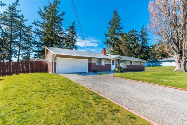 1329 Orchard Loop, Oak Harbor, WA 98277 (#1260526) :: Keller Williams Everett
