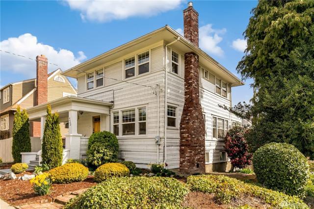 4402 Eastern Ave N, Seattle, WA 98103 (#1260529) :: The Vija Group - Keller Williams Realty