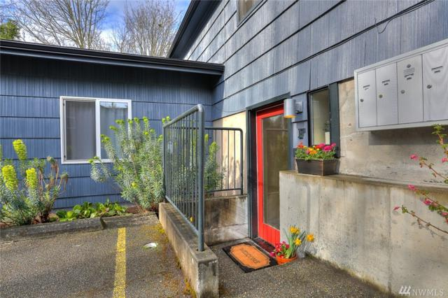 10021 7th Ave NW F, Seattle, WA 98177 (#1260976) :: Ben Kinney Real Estate Team