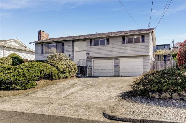 1843 N Skyline Dr, Tacoma, WA 98406 (#1261175) :: Keller Williams Everett