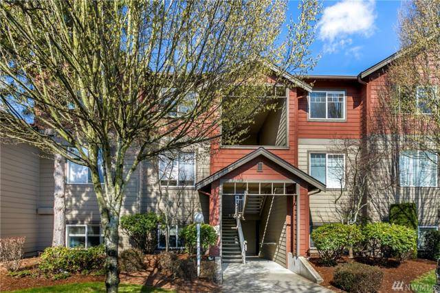 10825 SE 200TH St A303, Kent, WA 98031 (#1262595) :: Keller Williams - Shook Home Group