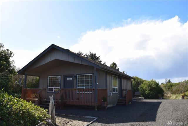 929 Torrisdale Ave SW, Ocean Shores, WA 98569 (#1263431) :: Keller Williams Everett